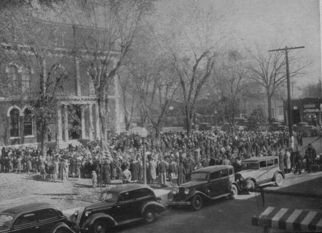Effingham during 1936 Armistice Day