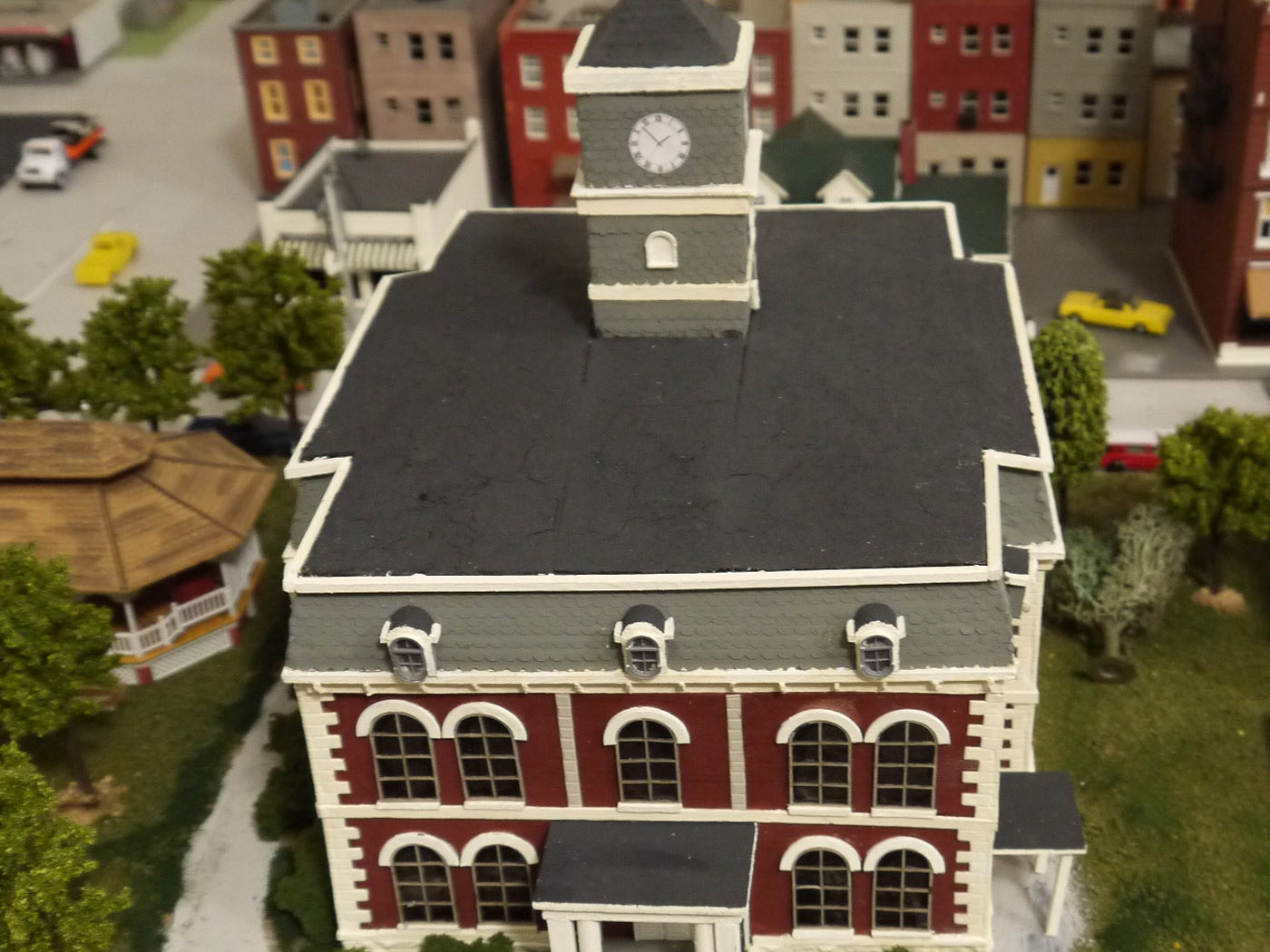 Old Effingham County Courthouse model